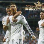 Hattrick Cristiano Ronaldo Leburkan Atletico Madrid Di Vicente Calderon