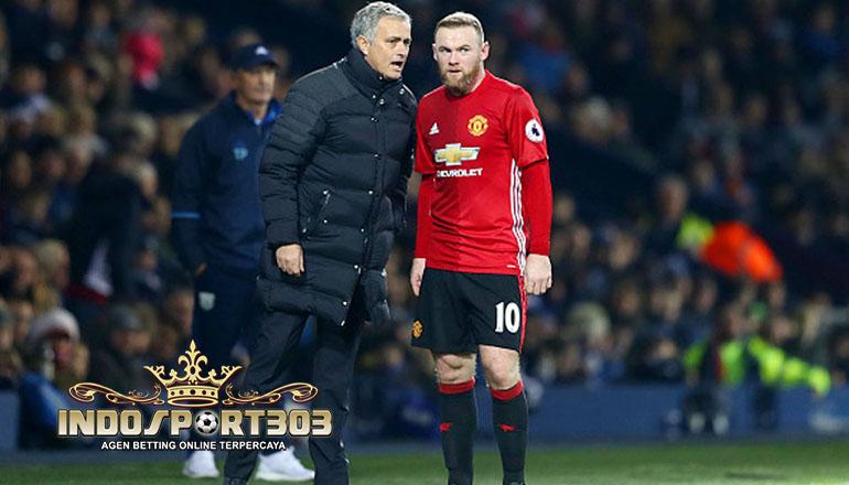 Jose Mourinho dan Wayne Rooney