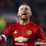 Rooney Masih Ingin Bertahan Di Manchester United